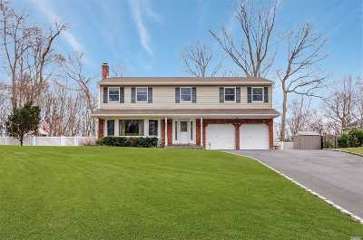 St. James Single Family Home For Sale: 16 Highwoods Ct