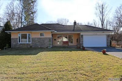 Roslyn Single Family Home For Sale: 178 Westwood Cir