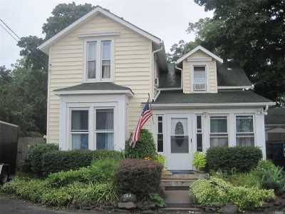 Bay Shore Single Family Home For Sale: 47 2nd Ave