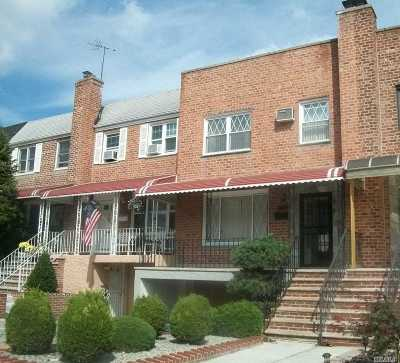 Middle Village Single Family Home For Sale: 61-55 67th St