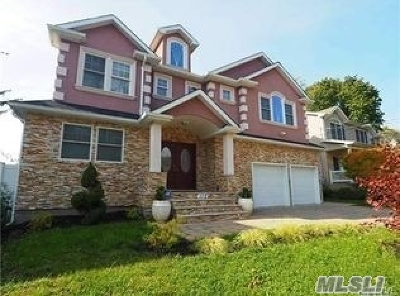 Bellmore Single Family Home For Sale: Jefferson Ave