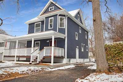 Freeport Single Family Home For Sale: 65 Harris Ave