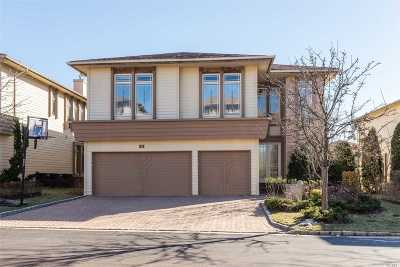 Jericho Condo/Townhouse For Sale: 48 Kettlepond Rd