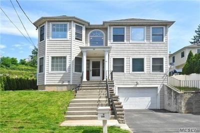 Port Washington Single Family Home For Sale: 25 Sandy Hollow Rd