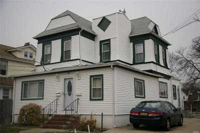 Freeport Multi Family Home For Sale: 72 Randall Ave