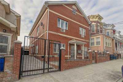 Corona Multi Family Home For Sale: 32-30 106 St