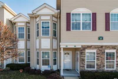 East Meadow Condo/Townhouse For Sale: 304 Spring Dr