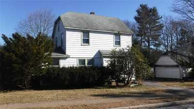 Syosset Single Family Home For Sale: 47 Calvin Ave