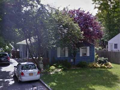 St. James Single Family Home For Sale: 321 5th Ave