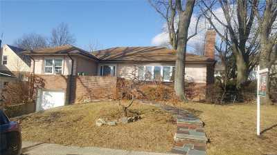 Jamaica Estates Single Family Home For Sale: 85-11 Chelsea St