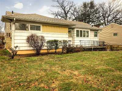 East Meadow Single Family Home For Sale: 1488 Hemlock Ave