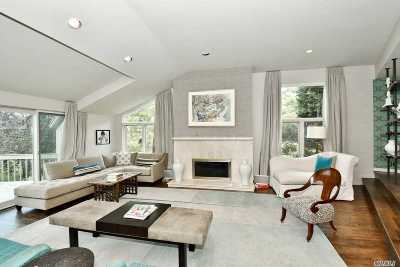 Northport Condo/Townhouse For Sale: 5 Sir Kenneth Ct
