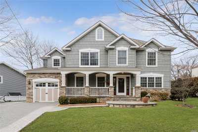 Syosset Single Family Home For Sale: 80 Hillside Ln