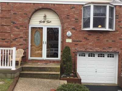 Ronkonkoma Single Family Home For Sale: 44 3rd St