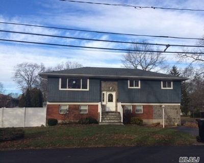 West Islip Single Family Home For Sale: 1299 Madison Ave