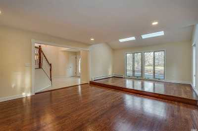 Head Of Harbor Single Family Home For Sale: 5 Meadow Gate East