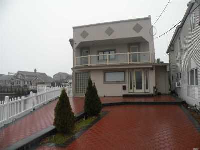 Baldwin Single Family Home For Sale: 1130 Van Buren Pl