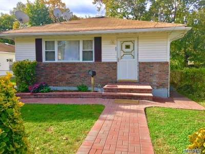 Roosevelt Single Family Home For Sale: 37 Prospect St