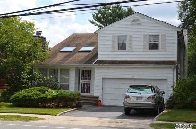 Syosset Single Family Home For Sale: 73 Muttontown Eastw Rd