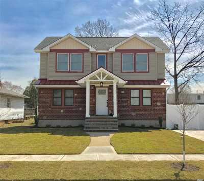 N. Bellmore Single Family Home For Sale: 39 Davenport Pl