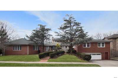 Jamaica Estates Single Family Home For Sale: 188-65 Avon Rd