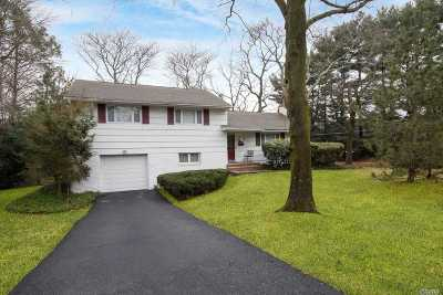 Huntington Single Family Home For Sale: 30 Oregon Dr