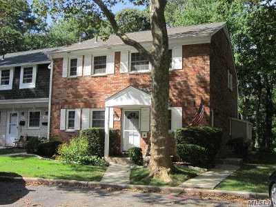 Hauppauge Co-op For Sale: 651 Village Dr