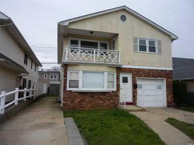Long Beach Multi Family Home For Sale: 825 E Park Ave