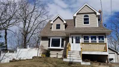 Rocky Point Single Family Home For Sale: 73 Zenith Rd