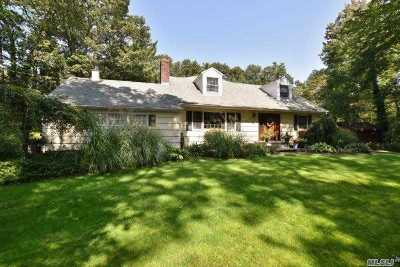 Centerport Single Family Home For Sale: 4 Paul Revere Ln