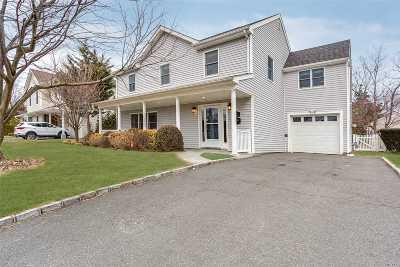 Port Washington Single Family Home For Sale: 9 Poplar Pl