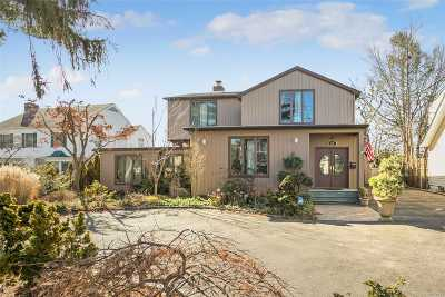 Woodmere Single Family Home For Sale: 69 Johnson Place