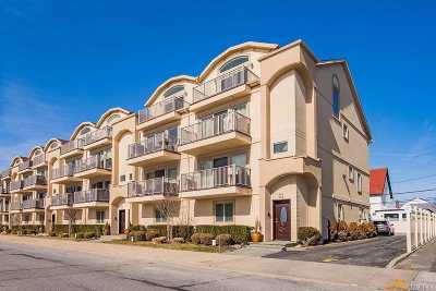 Long Beach NY Condo/Townhouse For Sale: $800,000