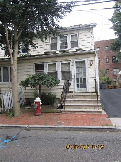 Great Neck Single Family Home For Sale: 16 Pearce Pl
