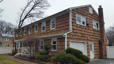 Miller Place Single Family Home For Sale: 21 Locust Ln