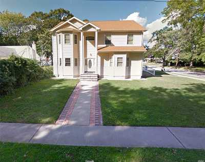 East Meadow Single Family Home For Sale: 2727 Nira Ave