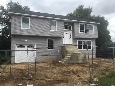 Nassau County Single Family Home For Sale: 107 A Prospect St