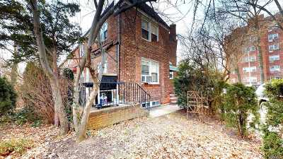 Forest Hills Multi Family Home For Sale: 67-08 Juno St