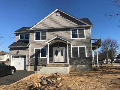 Nassau County Single Family Home For Sale: 2403 Oakdale Ave