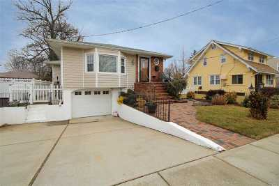 Lynbrook Single Family Home For Sale: 7 Jarvis Pl