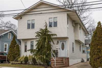 Lynbrook Single Family Home For Sale: 12 Hillside Ave