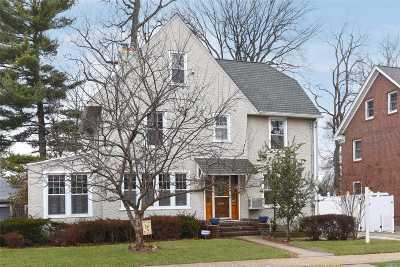 Flushing Single Family Home For Sale: 33-70 166 St