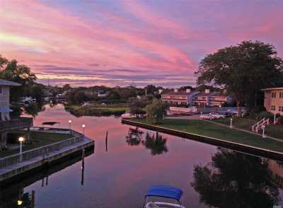 Westhampton Bch Condo/Townhouse For Sale: 3050 Mitchell Rd