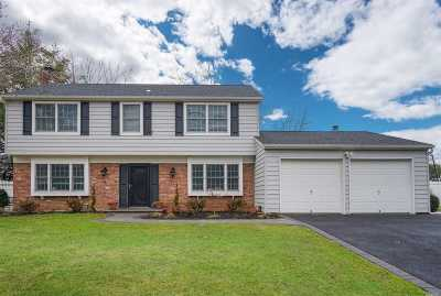 Stony Brook Single Family Home For Sale: 5 Blueberry Ln