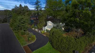Great Neck Single Family Home For Sale: 55 Byron Ln