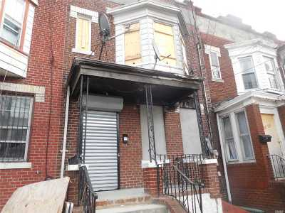 Woodhaven Single Family Home For Sale: 87-27 75th St