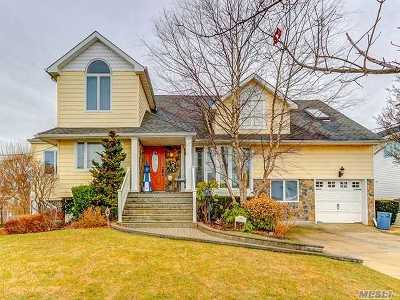 Nassau County Single Family Home For Sale: 2910 Harbor Rd