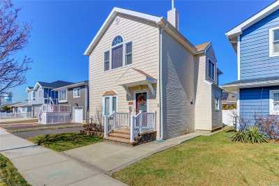Long Beach NY Single Family Home For Sale: $559,000