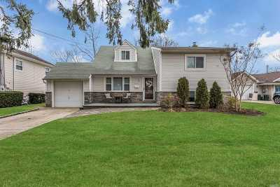 N. Bellmore Single Family Home For Sale: 2535 Locust Ave