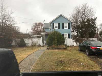 Bellmore Single Family Home For Sale: 2578 Bellmore Ave